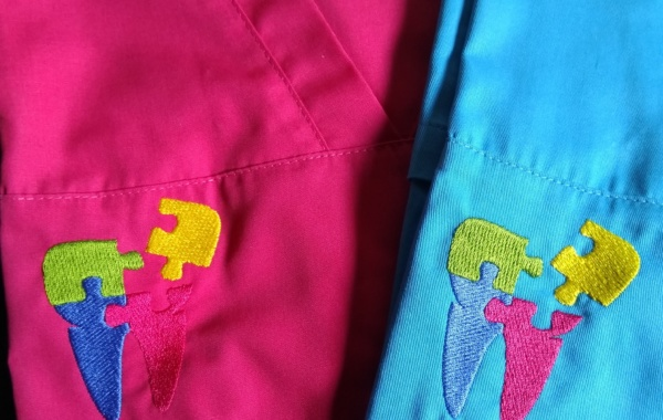 Broderie sur blouse